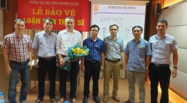 12 học viên ngành Kỹ thuật Điện Khóa 6&7 đã bảo vệ thành công luận văn tốt nghiệp