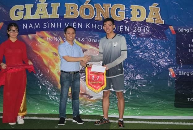 Lễ bế mạc và trao giải bóng đá nam sinh viên khoa Điện 2019