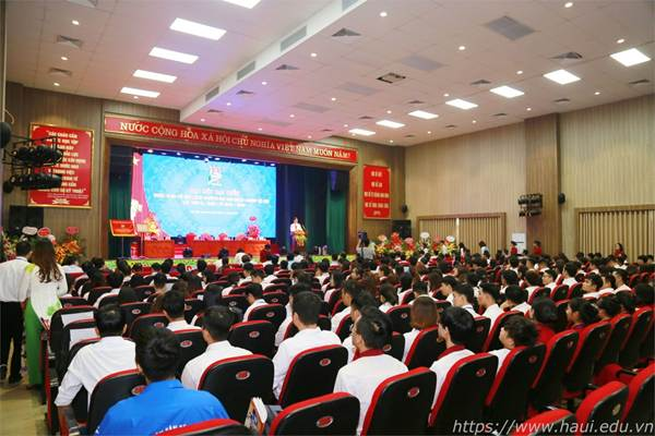 Đại biểu khoa Điện dự Đại hội Đoàn TNCS HCM trường ĐHCNHN lần thứ IX, nhiệm kỳ 2019 - 2022