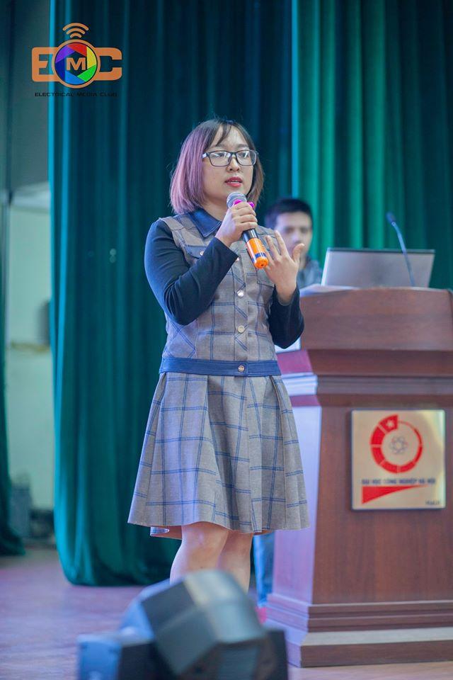 Hội nghị tư vấn học tập và việc làm cho sinh viên đại học năm cuối