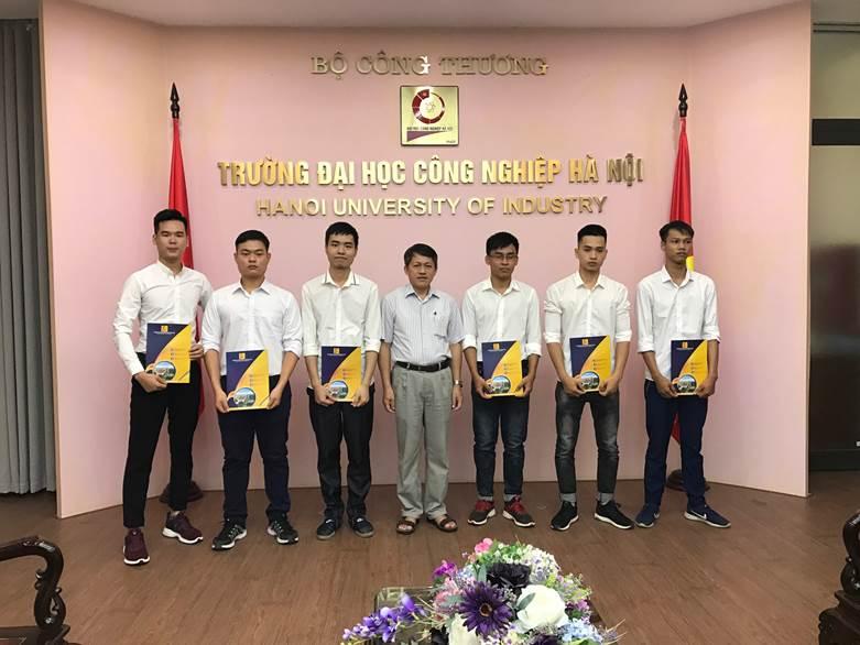 06 tân kỹ sư khoa Điện tham gia khóa đào tạo Sỹ quan dự bị năm 2020