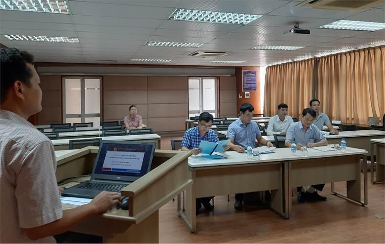 Thẩm định đề cương luận văn thạc sĩ cho các học viên cao học khóa 9 đợt 1 - ngành Kỹ thuật Điện