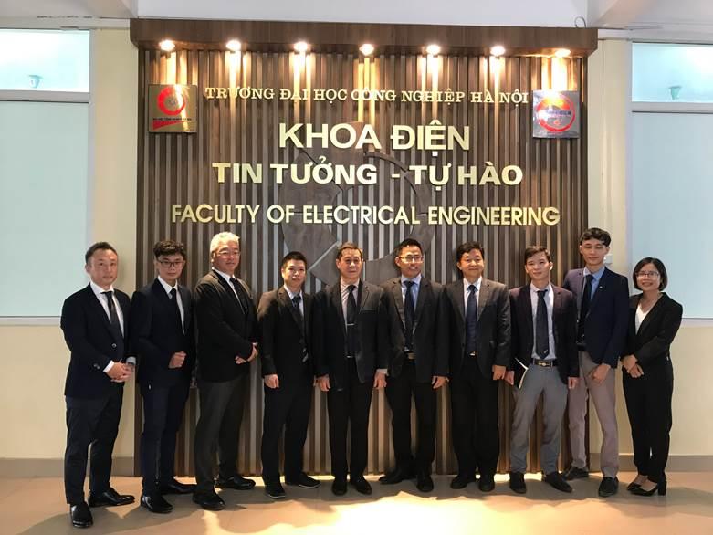 Lễ bàn giao thiết bị phòng Thực hành tự động hóa và khí nén (SMC Automation Lab) do Công ty SMC Corporation Việt Nam tài trợ